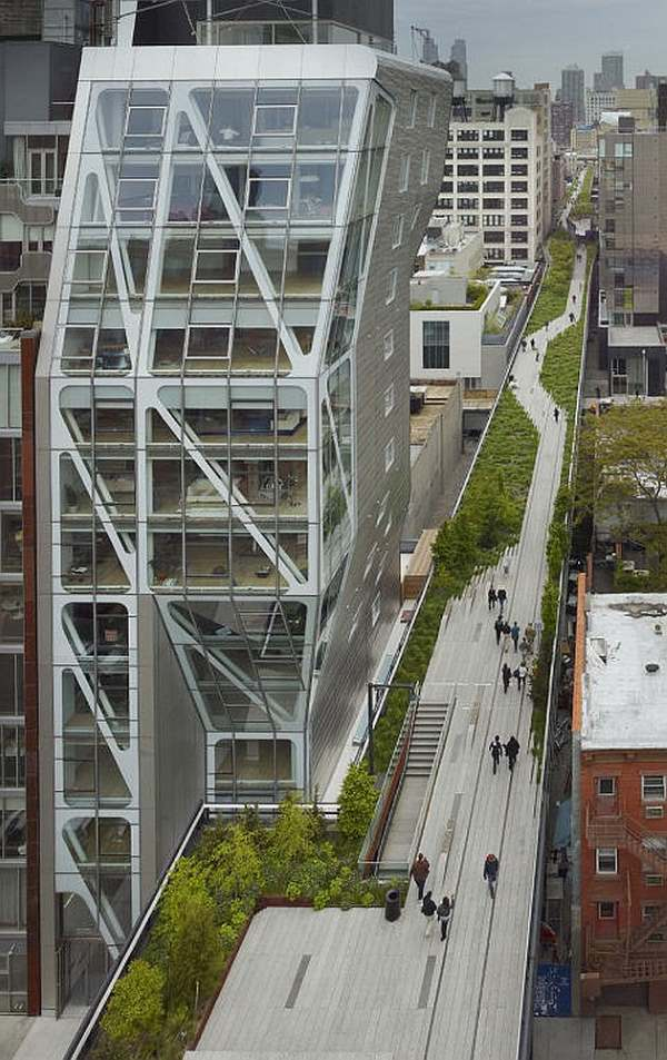 The HL23 condominium stands beside the High Line in New York