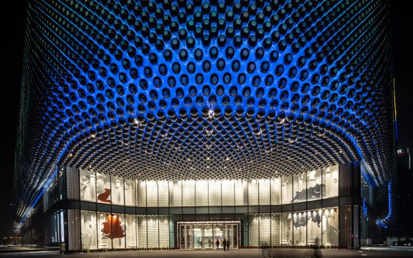 LED lighting allows to create animations and variations on the façade
